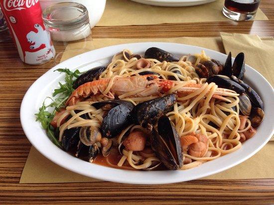 L'approdo Ristorante Bar : Fish dish