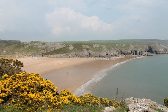 Pembrokeshire Guided Tours - Day Tours: Barafundle beach was voted as a must visit beach by Natgeo in 2012