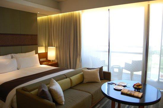 Hansar Bangkok Hotel : Bedroom