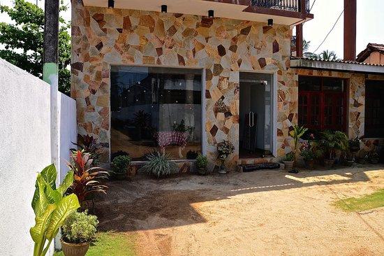 New Rani Inn