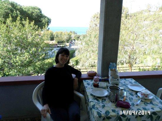 Residence Augusto: Colazione sul balcone