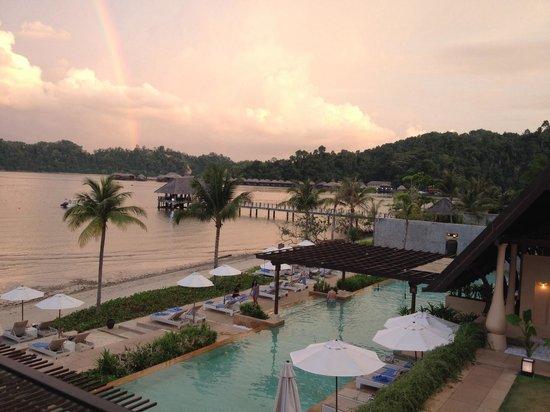 Gaya Island Resort : Sunset