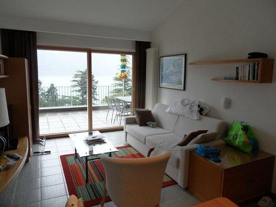 Parco San Marco Lifestyle Beach Resort: lit replié du salon