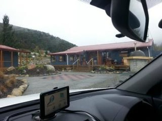 The Clinker Cafe: View from the carpark on a rainy, cold morning