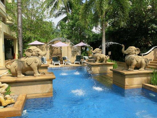 Holiday Inn Resort Phuket: Another Pool