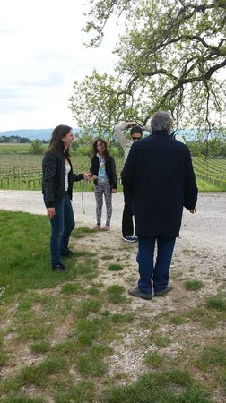 Azienda Agraria Saio: Agnese expliquant au groupe!!!!