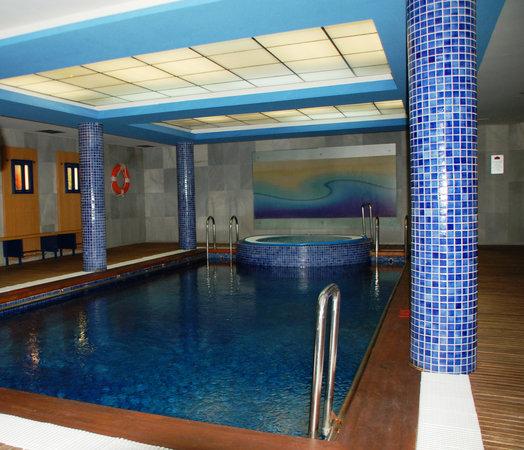 Hotel la Estación de Luanco: Piscina