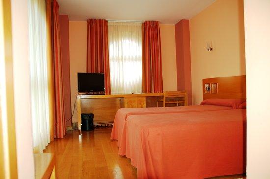 Hotel la Estación de Luanco: Habitación doble