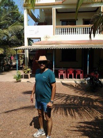 Sahyadri Tourist Home : RESORT
