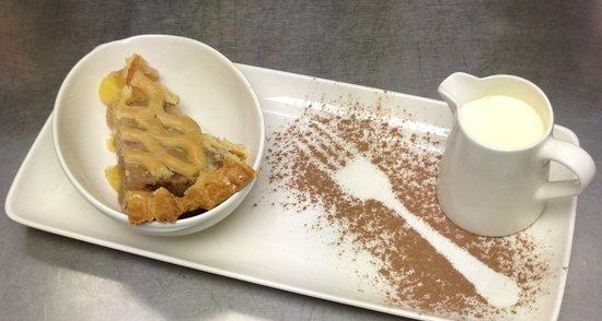 The Old Ginn House Restaurant & Bar: Apple Pie