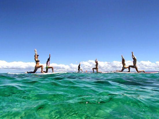 Leleuvia Island Resort: Stand Up Paddling Yoga