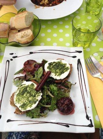 Le Petit Gourmand : Salad