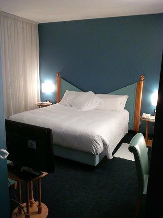 Hotel Spadari al Duomo: bed