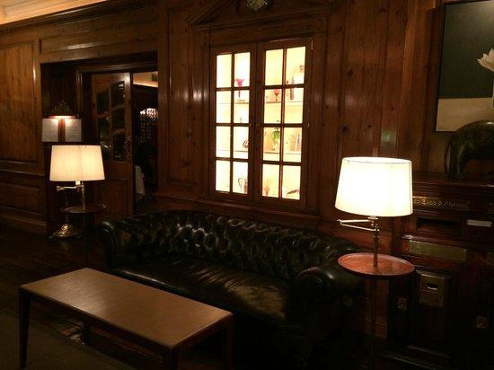 Durrants Hotel: lobby