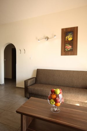Lucky Hotel Apartments: Living room- sofas