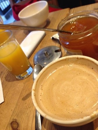 Le Pain Quotidien: coffee and jam