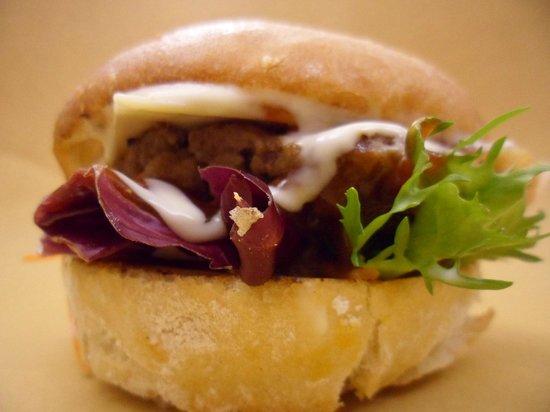 Gallo Food Factory: uno dei nostri hamburger