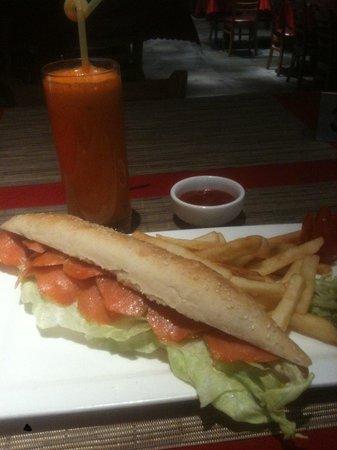 La Marina Restaurant Bar: smoked salmon baguette...mmmm