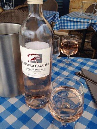 Le Cabanon Marin : Розе де Прованс. Очень легкое. Под морепродукты!