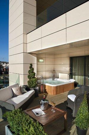 2f4f499e62 Hot tub suite - Picture of Casa Hotel