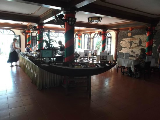 Hoi Pho Hotel: Nice open air dining