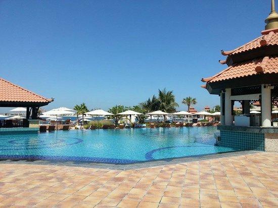 Our villa picture of anantara the palm dubai resort for Dubai resorts