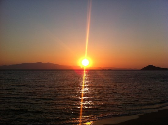 Akti Kastraki Areti: Breathtaking sunset