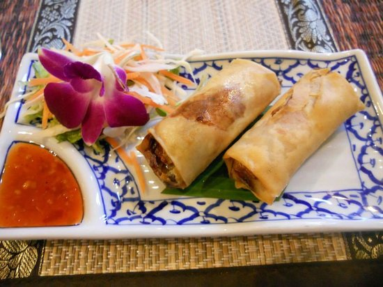 Supattra Thai Restaurant: Vegetable Spring Rolls with Chilli Dipping Sauce