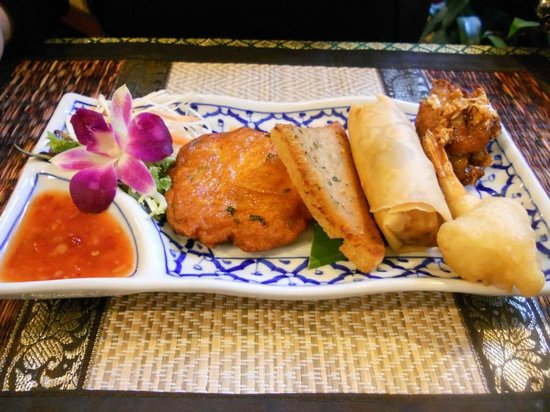 Supattra Thai Restaurant: Mix Starter for One