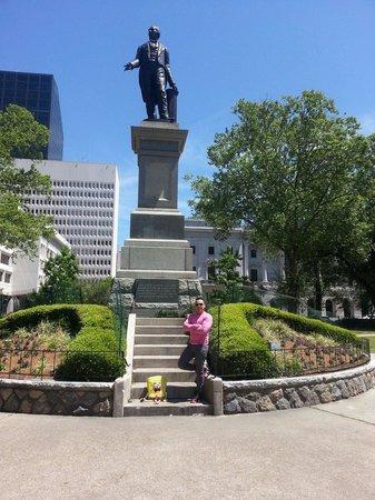 Lafayette Square: ;)