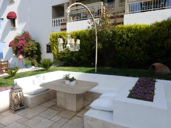 Hotel Carina: Terrasse