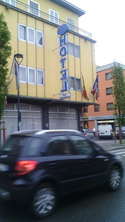 Euro Hotel : Esterno 2