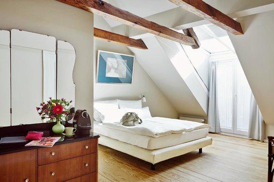 Galerie-Hotel Petersen: Chambre Romantique