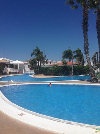 Royal Tenerife Country Club : Pools and Bar