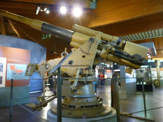 Museum of the Battle of Normandy: Anti Aircraft Gun