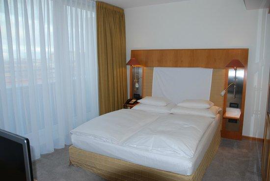 The Mandala Hotel: Zimmer im 10. Stock