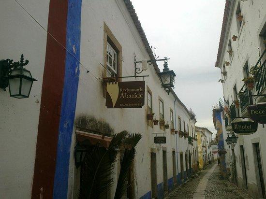 O Alcaide: Restaurante acolhedor
