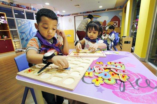 KidZania Bangkok: Learn basic motor skills using educational toys, and other supplies in a house for toddler