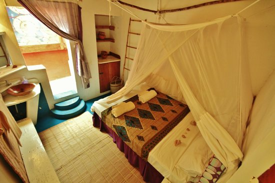Casa na Praia Tofo: Room Shell