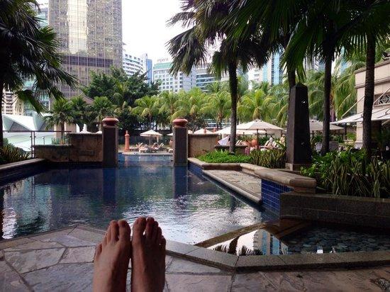 Mandarin Oriental, Kuala Lumpur: Pool deck at Mandarin Oriental, KL