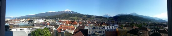 Hilton Innsbruck: Panorama from hotel room.