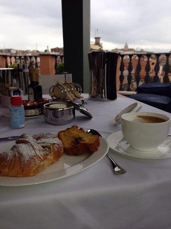 Portrait Roma: Завтрак.