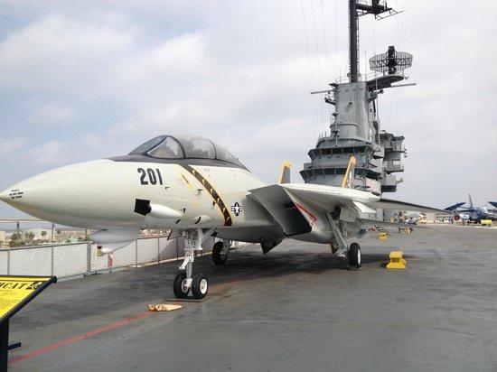 USS LEXINGTON : Flight Deck