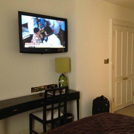 The Kensington : bedroom