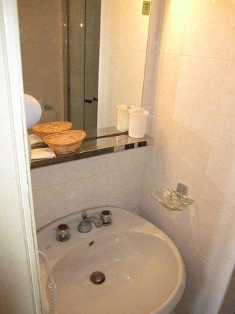 Hotel Lux: bagno