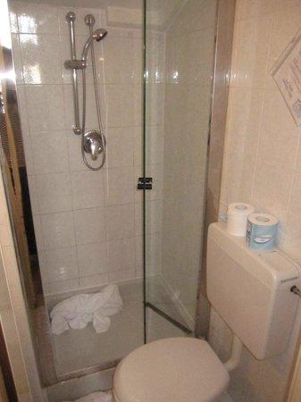 Hotel Lux : bagno