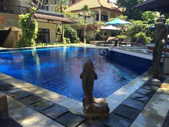 The Taman Ayu: Lovely Pool area