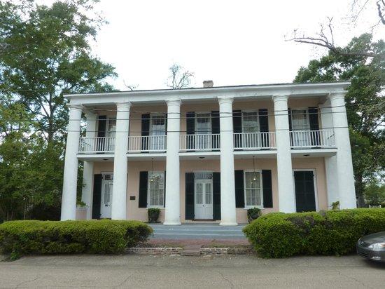 Milbank House : Front Facade