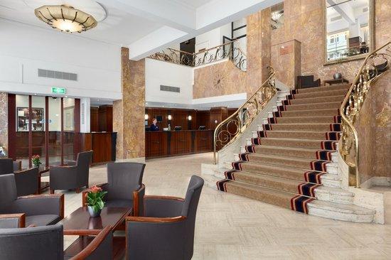 NH Atlanta Rotterdam: Lobby
