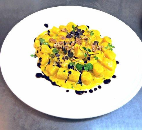 The Mess Hall: Gnocchi gorgonzola&saffron fondue  Chives Crushed walnuts Micro herbs  Black olive oil